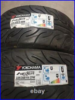 2x Yokohama Advan Neova AD08R AD08 Track tyre road 225/35R19 225.35.19 88W